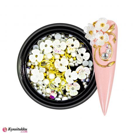 3D Pearls Flower Mix White